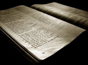 Old-bible-162041-m